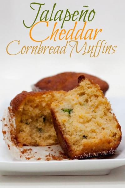 Jalapeno Cheddar Cornbread Muffins I www.OrWhateverYouDo.com I #recipe #baking #chili