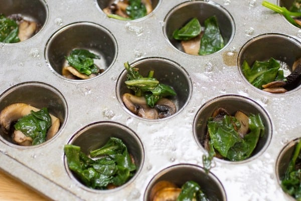 Mini Egg Muffins with Mushroom and Spinach I www.orwhateveryoudo.com I #healthy #recipe #breakfast #egg #MushroomMakeover