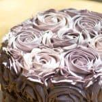 Rose Cake I www.orwhateveryoudo.com I #vanilla #dessert #meringue