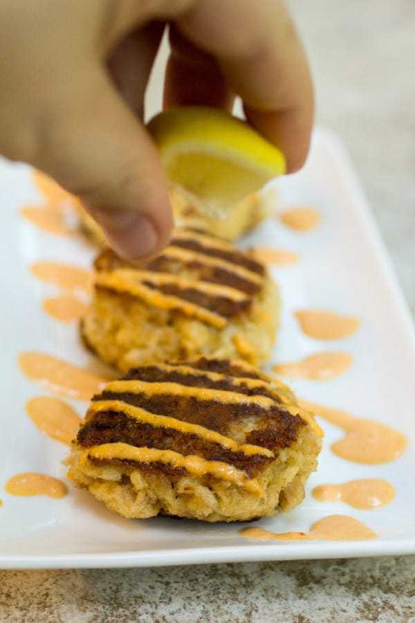 Crab Cakes with Roasted Red Pepper Aioli-9