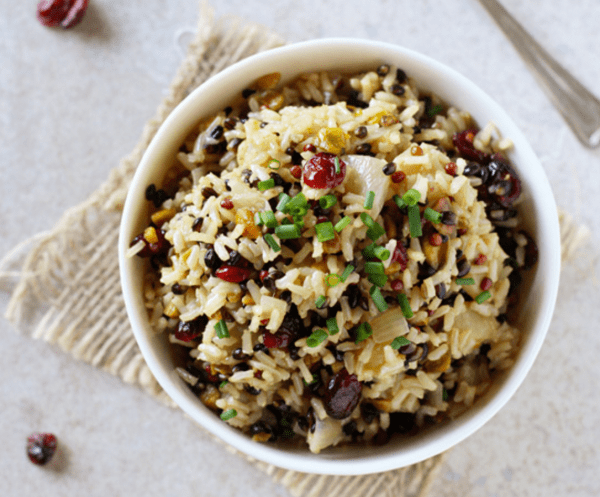 Wild_Rice_Pilaf_with_Cranberries_and_Apple_-_Cookie_Monster_Cooking