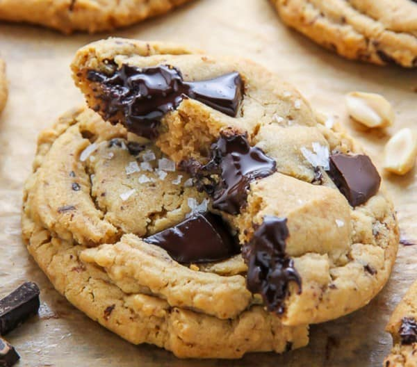 Soft Batch Chocolate Chunk Peanut Butter Cookies