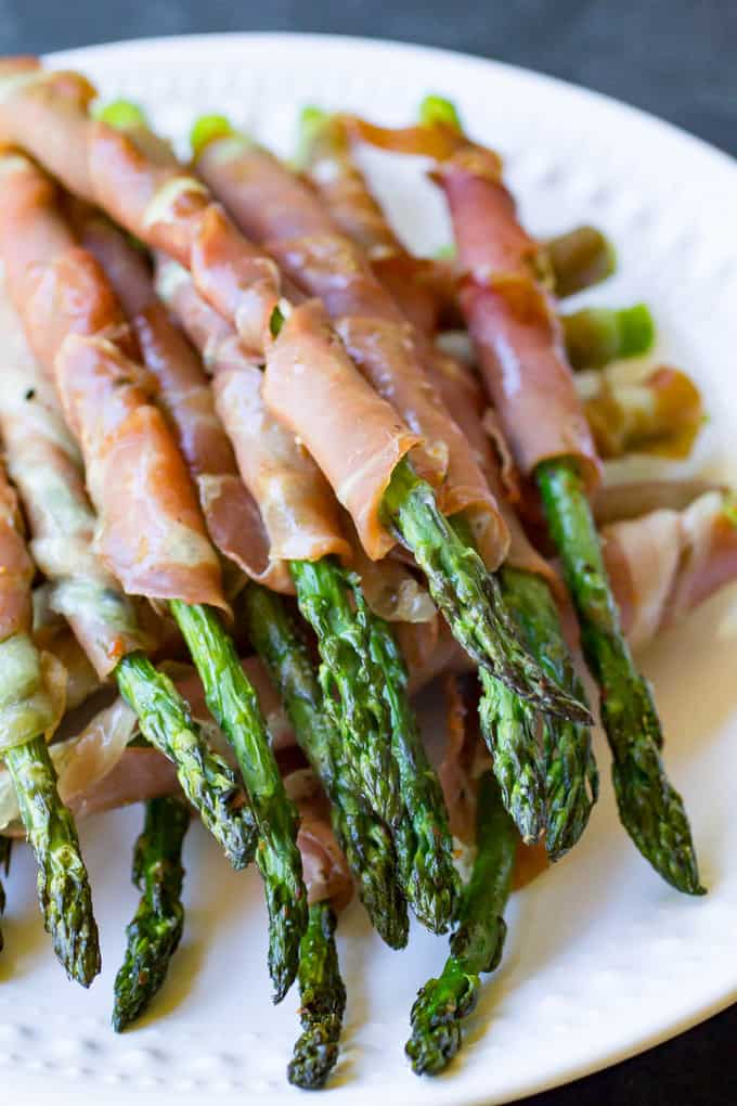 Traeger Grilled Prosciutto Asparagus