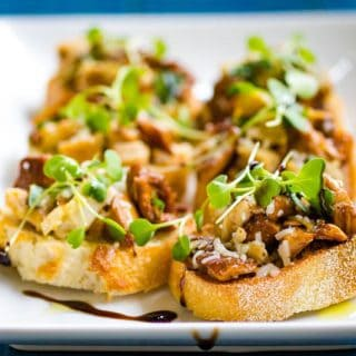 Chicken and Chanterelle Crostini
