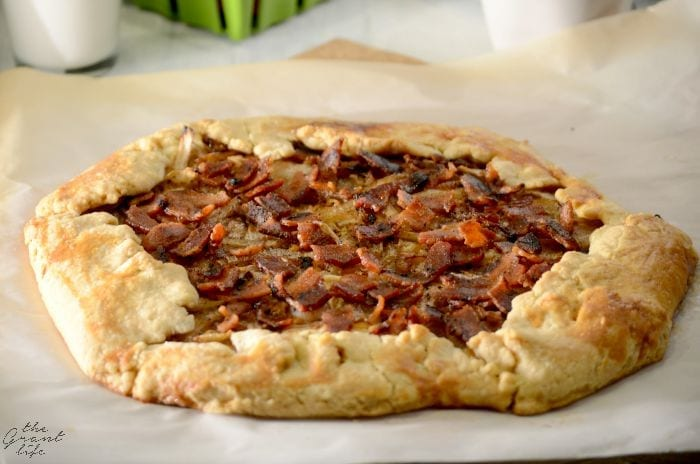 Bacon and Onion Tart - mom makes dinner